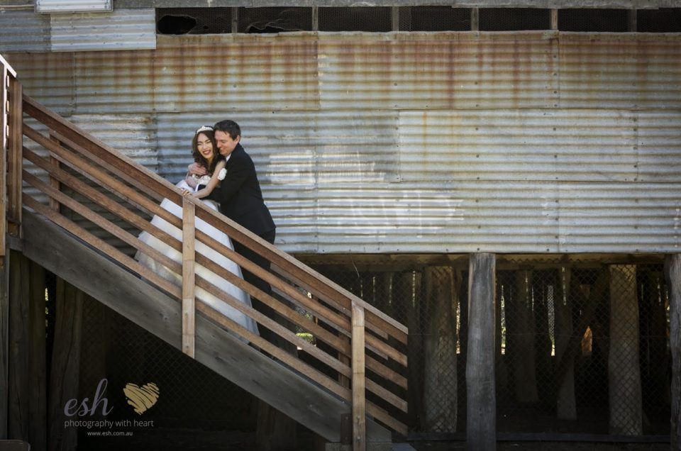 Wedding photographer Canberra Manuka – Sabrina & Paul